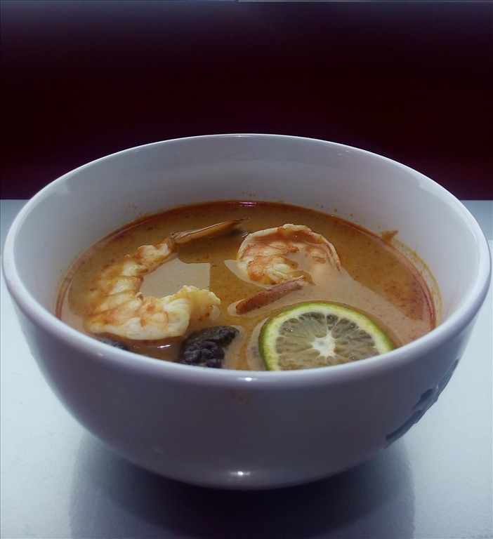 Острый суп Том Ям