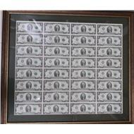 Лист 2 долларовых банкнот в багете 32$